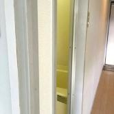 広島で外壁塗装【広島市中区吉島K様「内部塗装工事」】施工前のイメージ1