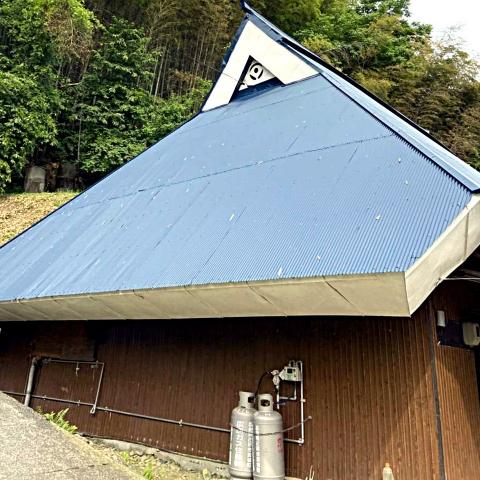 広島で外壁塗装【広島県庄原市M様邸「屋根塗装」】のイメージ